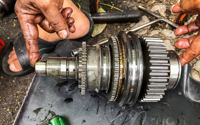 Land Rover Gear Servicing